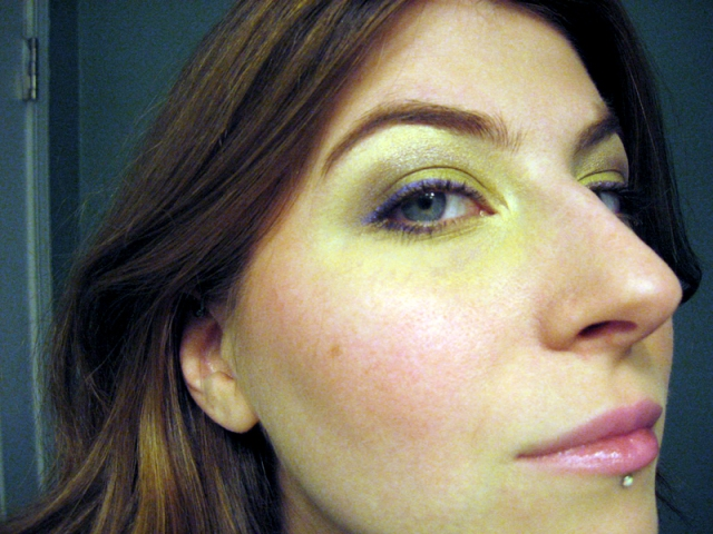 green kat von d eyeshadow purple eyeliner