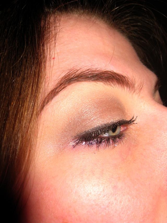 purple glitter eyeliner