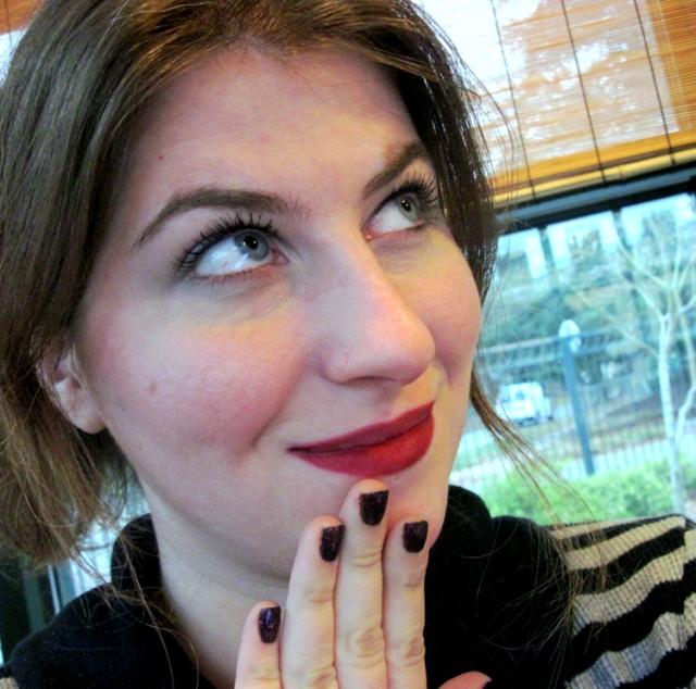 matte dark red lipstick 1990s grunge makeup