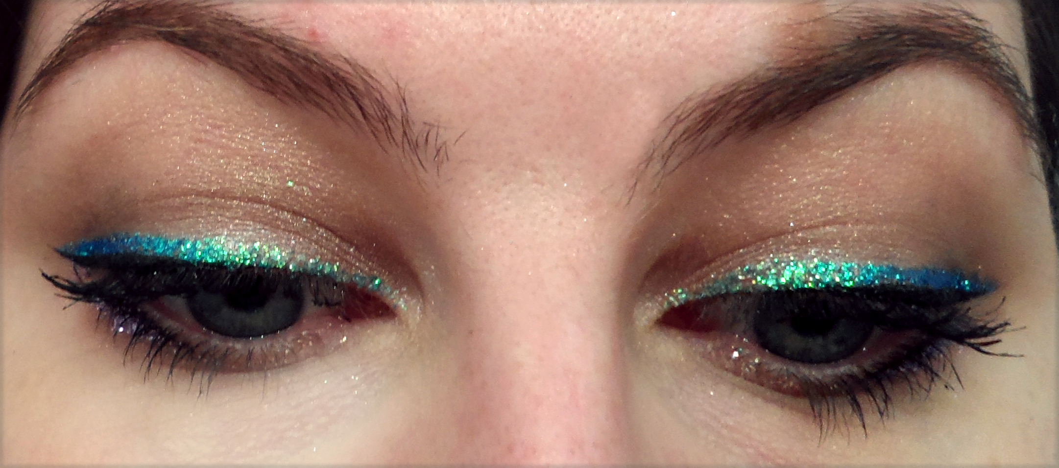 Party Makeup Emerald Glitter Eyeliner Cosmetic Confessional