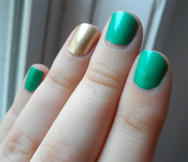 forest green gold nail polish manicure