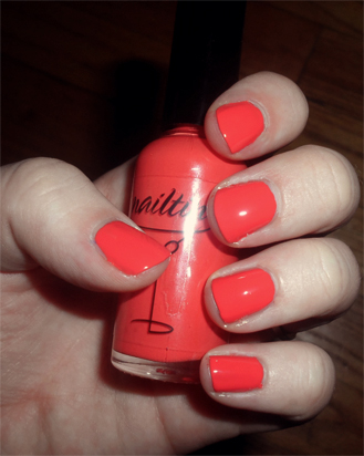 nailtini straight up nail laquer mai tai review swatch orange red polish