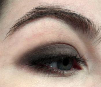 dark brown matte smoky eye