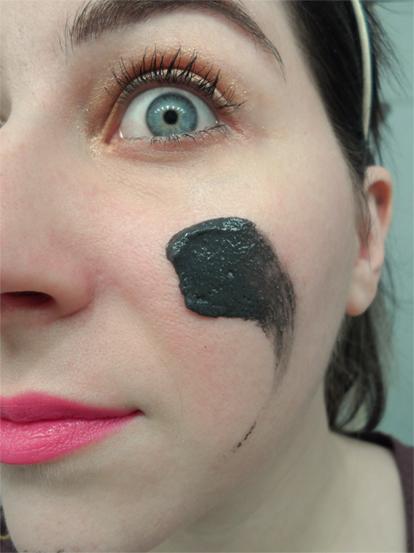 Michael Todd Jojoba Charcoal Gentle Exfoliating Facial Scrub texture