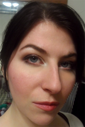brown plum smoky eye nyx love in paris eyeshadow palette sheer laura mercier stickgloss peony