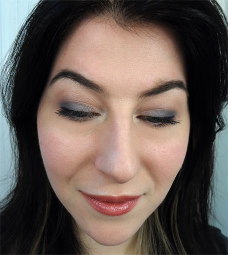 smoky blue eyeshadow laura mercier stick gloss peony