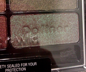 Wet n Wild Color Icon Collection Eyeshadow Comfort Zone palette 738