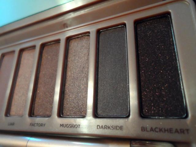 dark colours ud naked 3 palette rose gold neutral eyeshadows