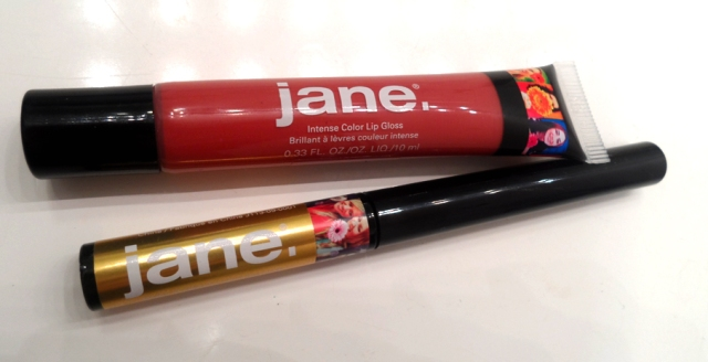 Jane Cosmetics Intense Color Lip Gloss Rosy Outlook Intense water resistant liquid eyeliner 14kt gold