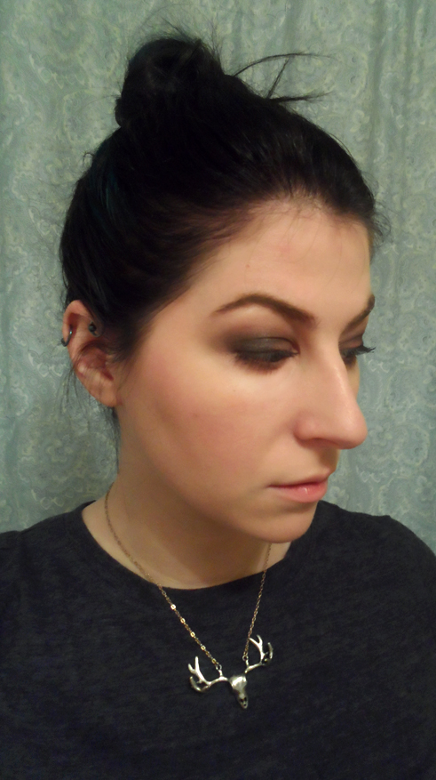 urban decay naked 3 smoky eye black messy topknot bun