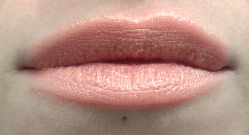 nyx butter lipstick snow cap swatch