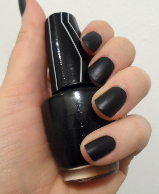 opi x gwen stefani nail laquer 4 in the morning