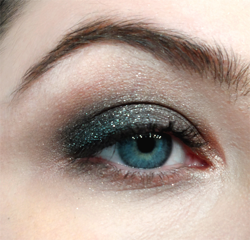 sparkly smoky eye with stila black diamond eyeshadow