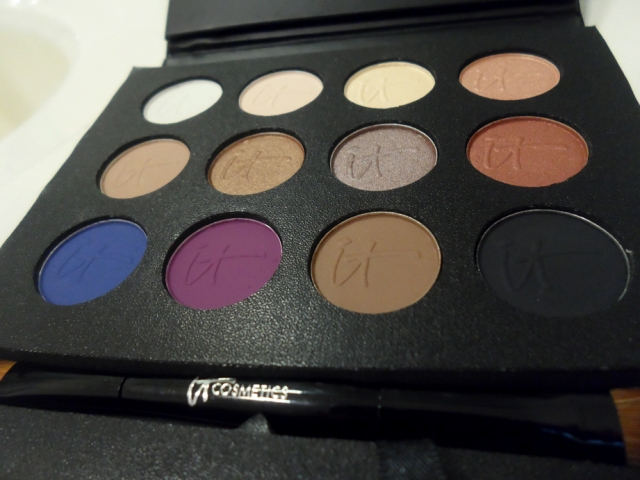 it cosmetics Luxe Anti-Aging High Performance Eye Shadow Palette