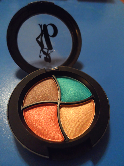 be a bombshell eyeshadow quad bora bora