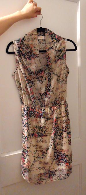 renee c sleeveless v neck batik printed dress