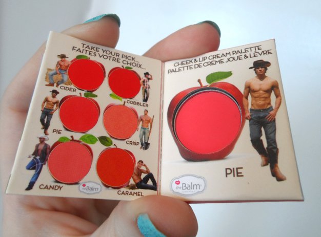 the balm how bout them apples pie blush sample