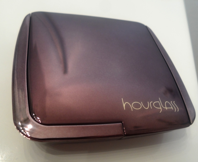 hourglass ambient lighting powder packaging design