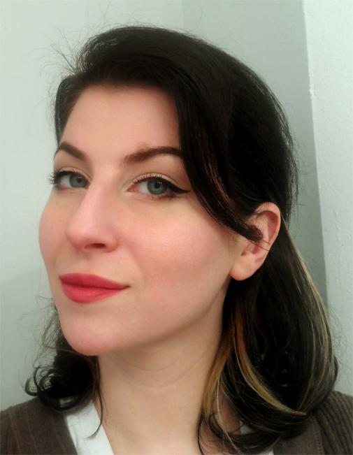 vintage makeup cut crease eyes with cat eye liner