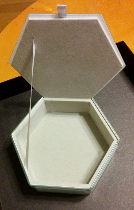 Swing Design Mia Glass Hexagon Storage interior