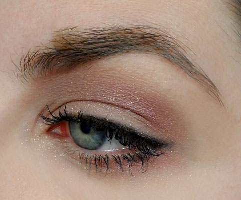 full eye look soothingsista shadow quad