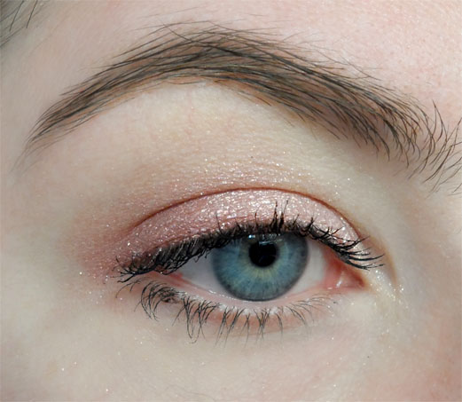 shimmer eye look soothingsista shadow quad