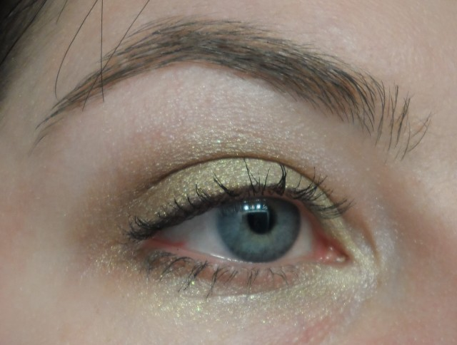 golden bronze eyeshadow look