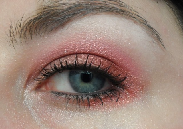 red and pink eyeshadow