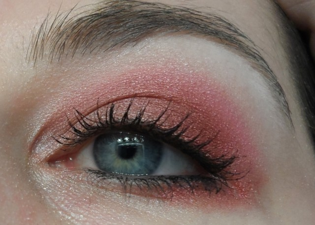red fuschia eye makeup look