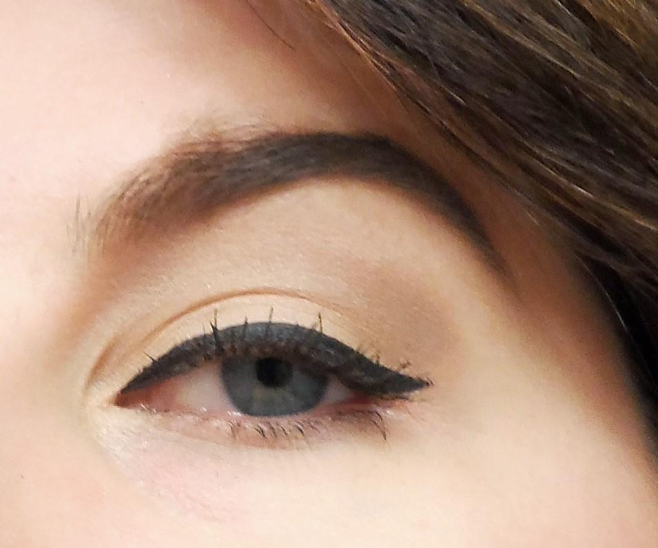 CoverGirl intensify me eyeliner and super sizer mascara ...
